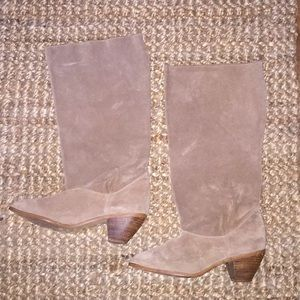 VINTAGE unknown brand Boho suede slouchy boots. 8